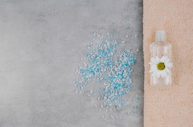 Sel de bain dispersé vue de dessus Photo gratuit
