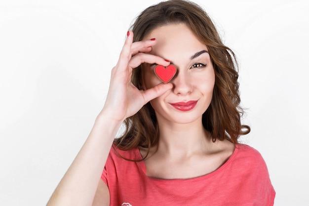 Sentiment de sensation de doigts brunette rouge Photo gratuit