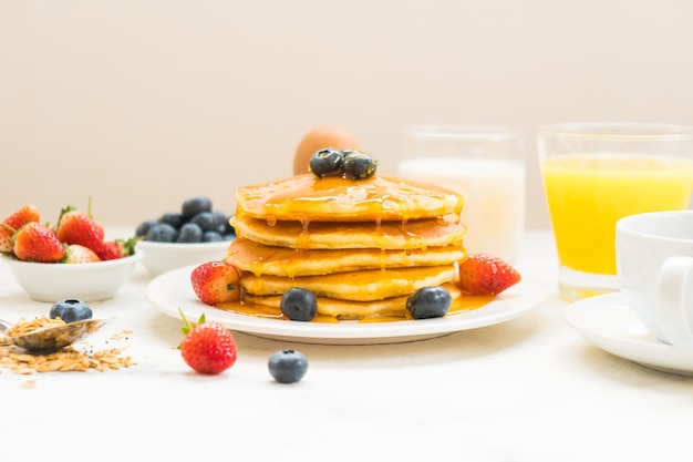 Set De Petit-déjeuner Sain Photo gratuit
