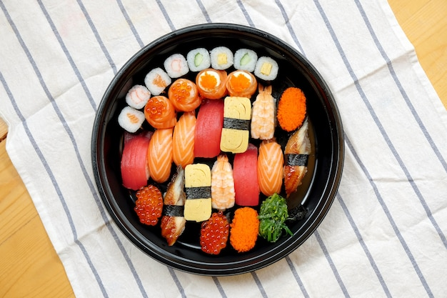 Set sashimi sushi Photo Premium