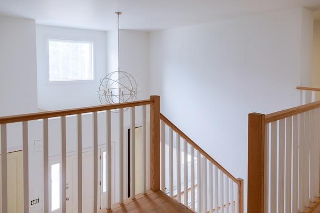 Sheetrock fini dans la construction de maisons neuves Photo Premium