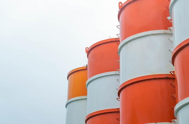 Silo ciment pour la construction Photo Premium