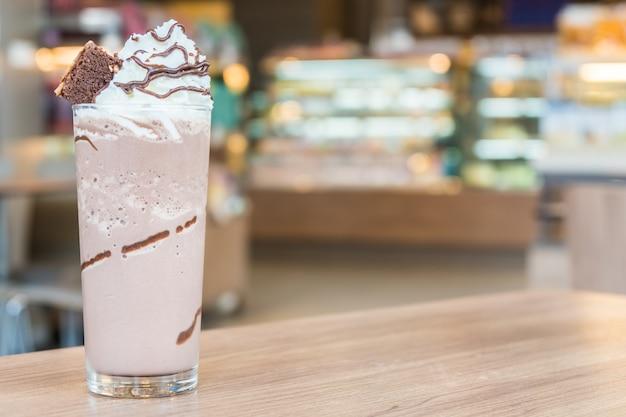 Smoothie au chocolat Photo gratuit