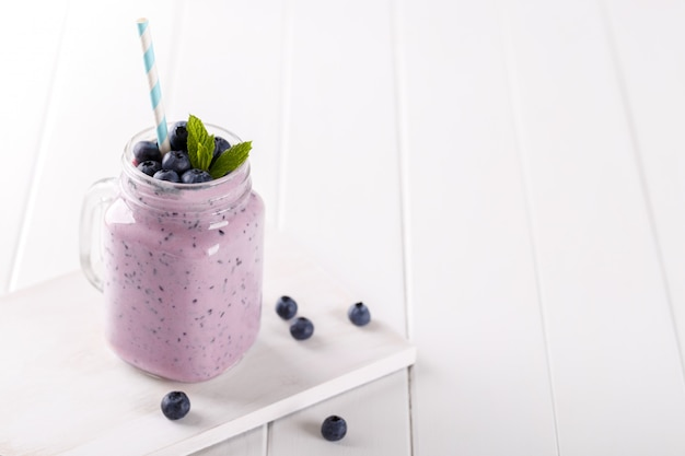 Smoothie myrtille et banane Photo Premium