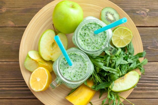 Smoothie vert frais Photo Premium