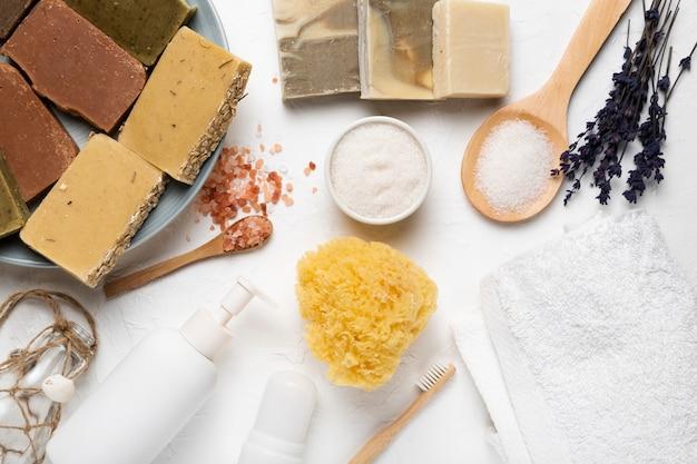 Soins de la peau et produits cosmétiques doux Photo gratuit