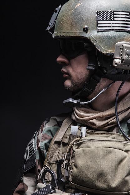 Soldat Des Bérets Verts Photo Premium