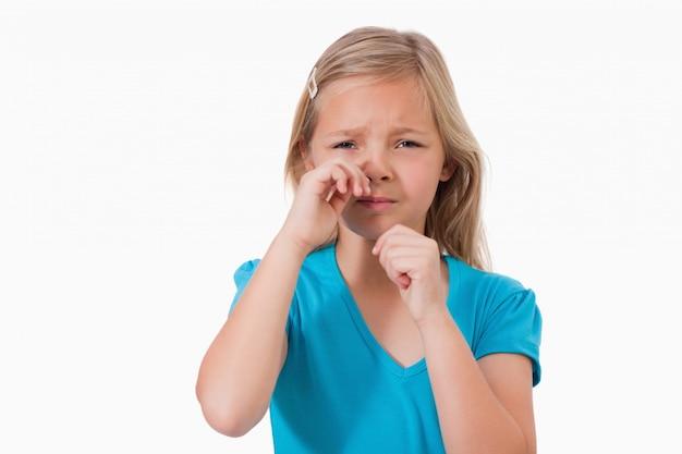 Solitaire petite fille en pleurs Photo Premium