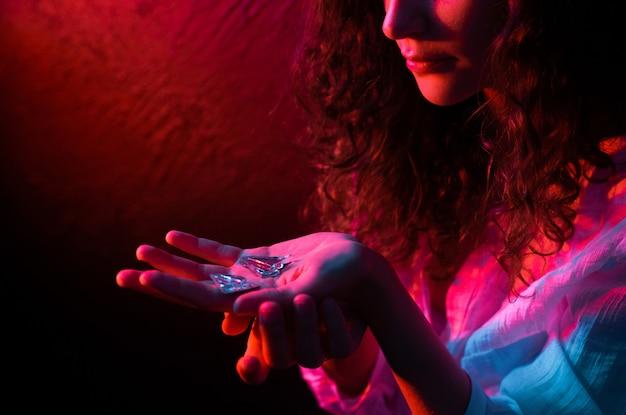 Sorcellerie Occulte Miroir Brisé Miroir D'astrologie Mystère Photo Premium
