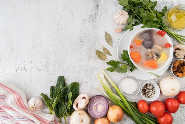 Soupe De Légumes Et Ingrédients Naturels Copie Espace Photo gratuit