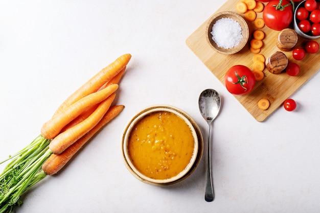 Soupe de purée de carottes Photo Premium