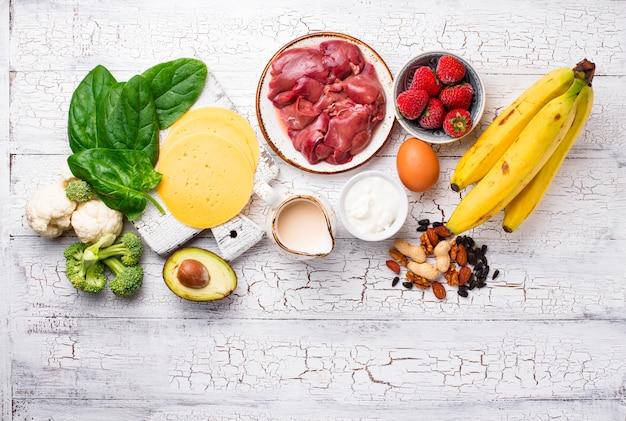 Sources Naturelles De Vitamine B7 Biotine | Photo Premium