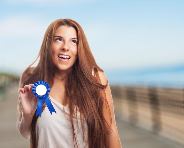 Sourire Vainqueur De La Réussite Victoire Fière Photo gratuit