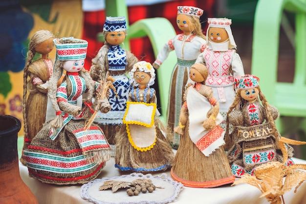 Souvenirs biélorusses de poupées de chiffon Photo Premium