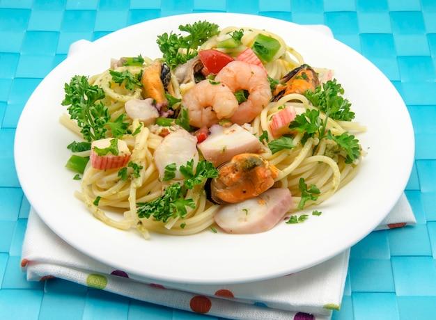 Spaghetti Aux Fruits De Mer Photo Premium