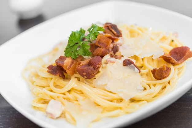 Spaghetti carbonara Photo gratuit