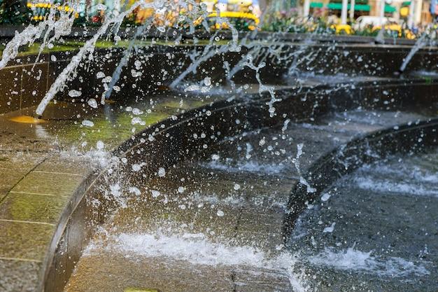 Splash fontaine résumé image flux cesse de tomber Photo Premium