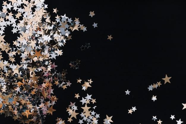 Starlettes dorées ornementales Photo gratuit