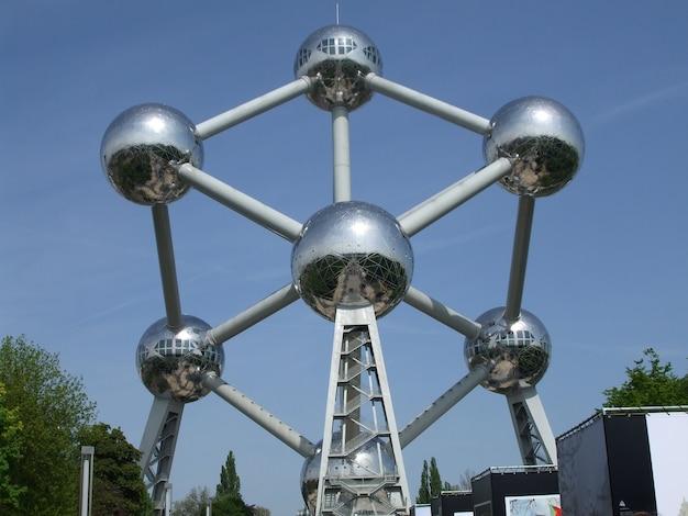 Statue De L'atomium Futuriste à Bruxelles, Belgique Photo gratuit