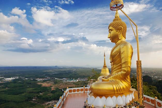 Statue de grand bouddha Photo Premium