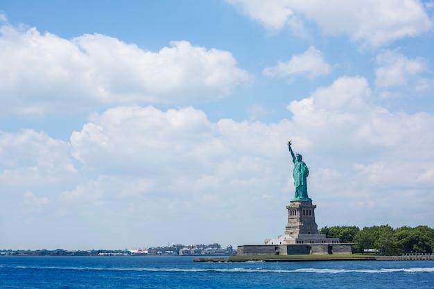 Statue de la liberté symbole américain new york us Photo Premium