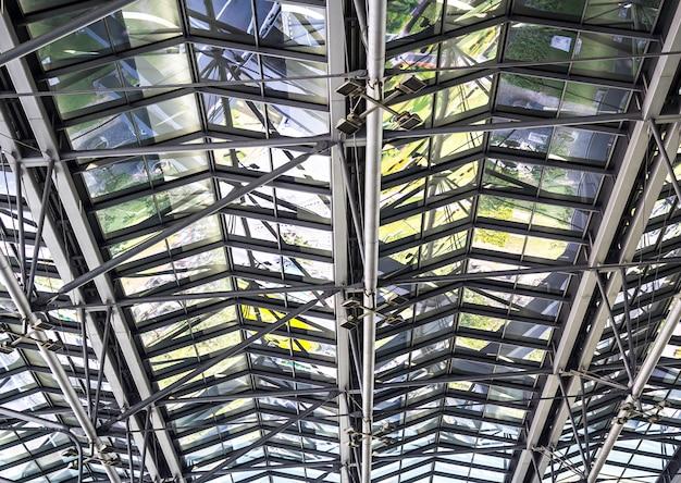 Structure de toit en métal Photo Premium