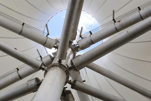 Structure de tuyau de toit Photo Premium