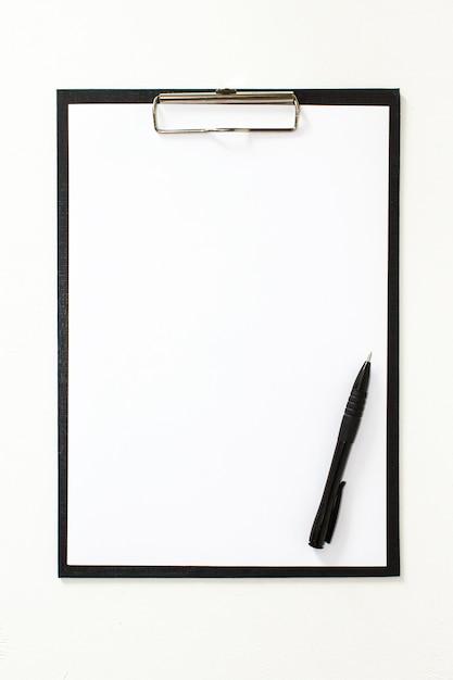 Stylo pliant noir office. drap blanc. maquette Photo Premium