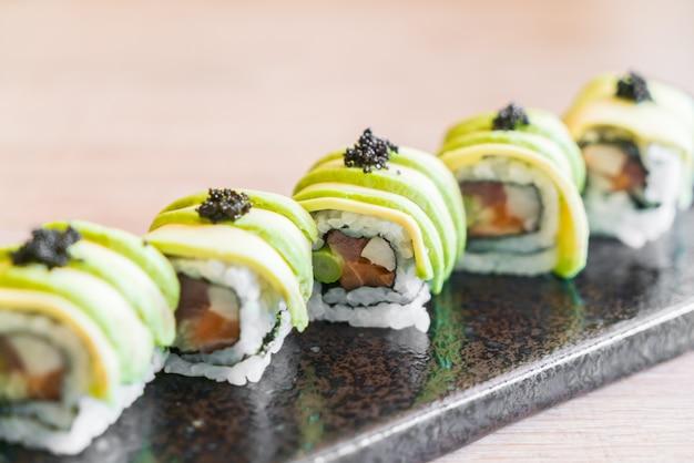Sushi à l'avocat Photo gratuit