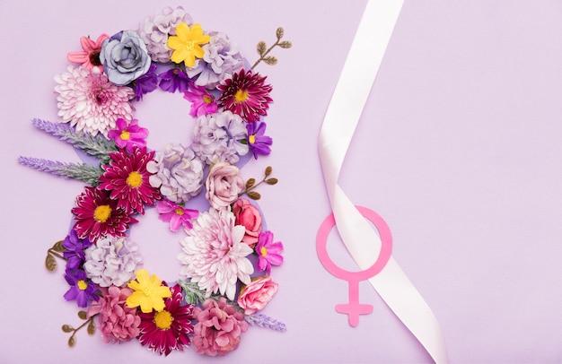 Symbole Floral Coloré Pour La Journée De La Femme Photo gratuit