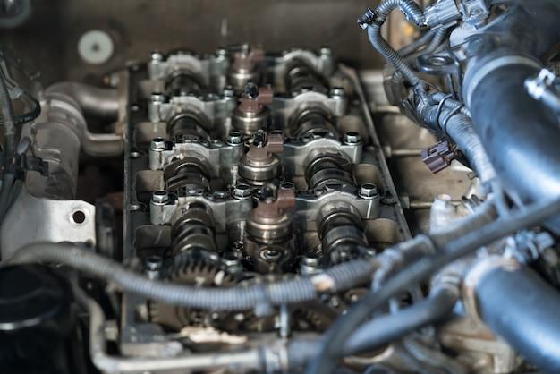 Système d'injection sur moteur turbo diesel à rampe commune moderne, arbre à cames, cache-soupapes Photo Premium