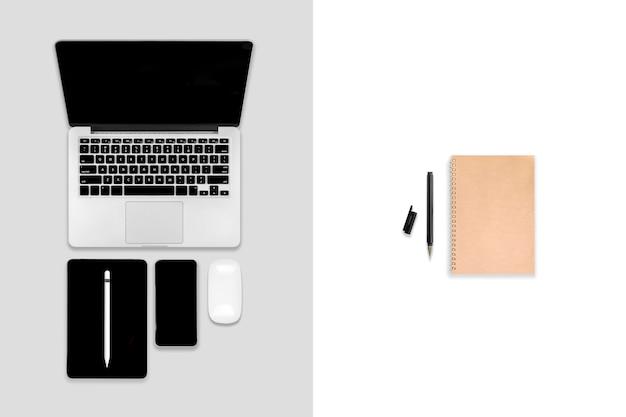 Table de bureau avec ordinateur portable, tablette numérique, téléphone portable et accessoires. Photo Premium
