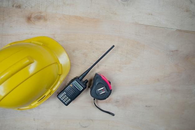 Table d'ingénieur vue de dessus travaillant Photo gratuit