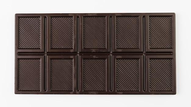 Tablette de chocolat noir vue de dessus Photo gratuit