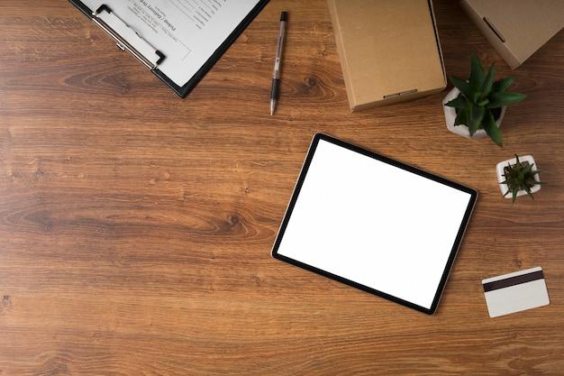 Tablette Avec écran Vide Avec Espace Copie Photo gratuit
