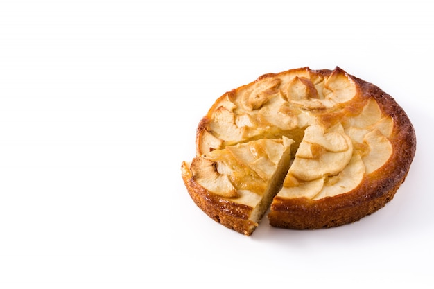 Tarte Aux Pommes Fait Maison Isolé Sur Blanc. Espace De Copie Photo Premium