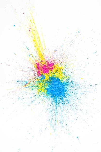 Tas de couleurs sèches jaunes, violettes et bleues Photo gratuit