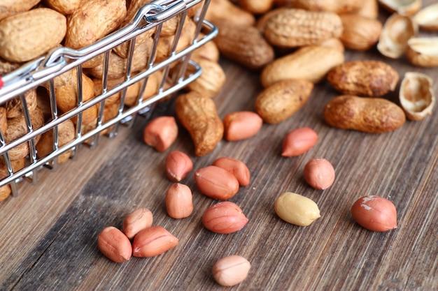 Tas de graines d'arachide Photo Premium