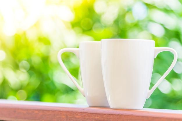 Tasse à café blanche Photo gratuit