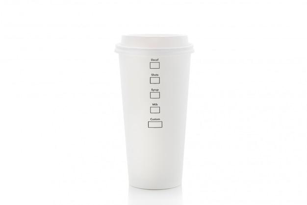 Tasse de café en papier isolé Photo Premium