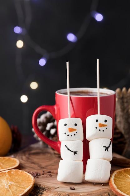 Tasse De Noël De Chocolat Chaud Photo gratuit