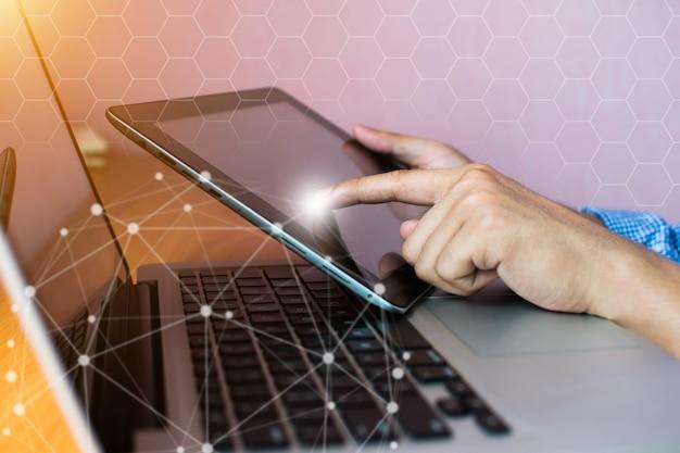 Technologie de réseau et communication d'affaires Photo Premium