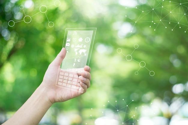 Téléphone Intelligent à Terme Dans Des Mains Humaines Photo Premium