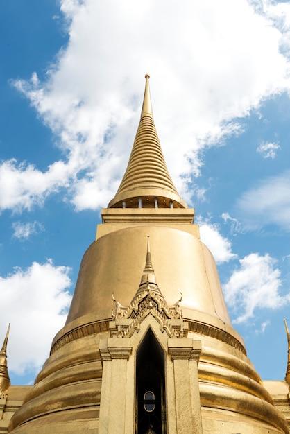 Un temple à bangkok en thaïlande Photo gratuit