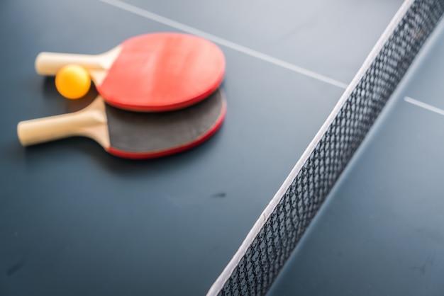 Tennis de table ou ping-pong Photo gratuit