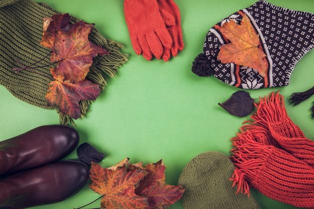 Tenue d'automne femme ensemble de vêtements, chaussures et accessoires Photo Premium