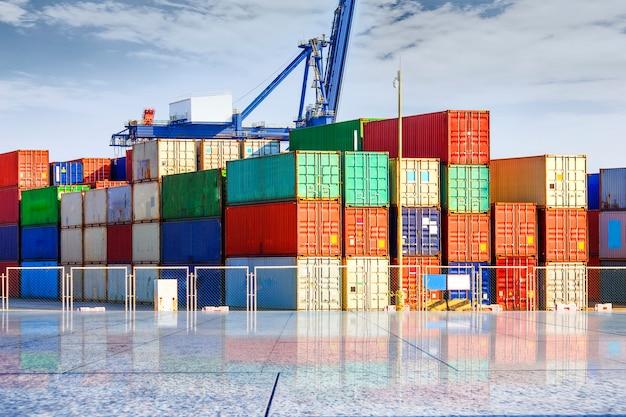 Terminal de conteneurs? wharf, transport Photo gratuit