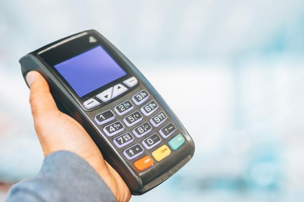 Terminal de paiement prêt à charger Photo Premium