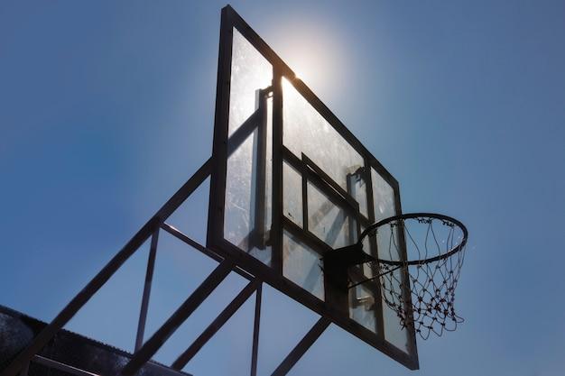 Terrain de basketball Photo gratuit