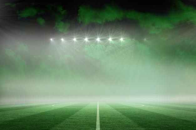 Terrain De Football Sous Ciel Vert Photo Premium